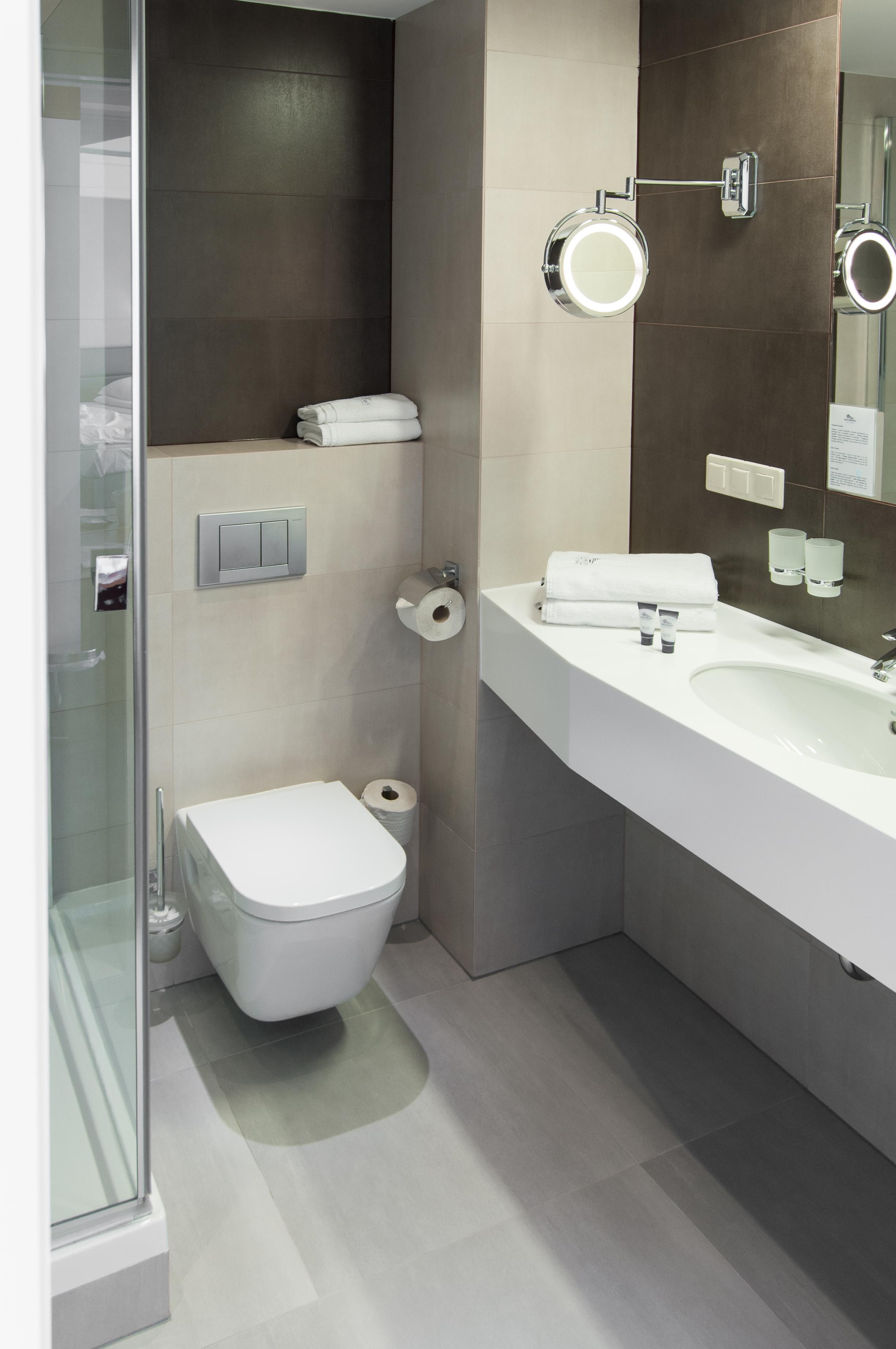 Sposoby Na Przechowywanie W łazience Szafa Wnękowa W