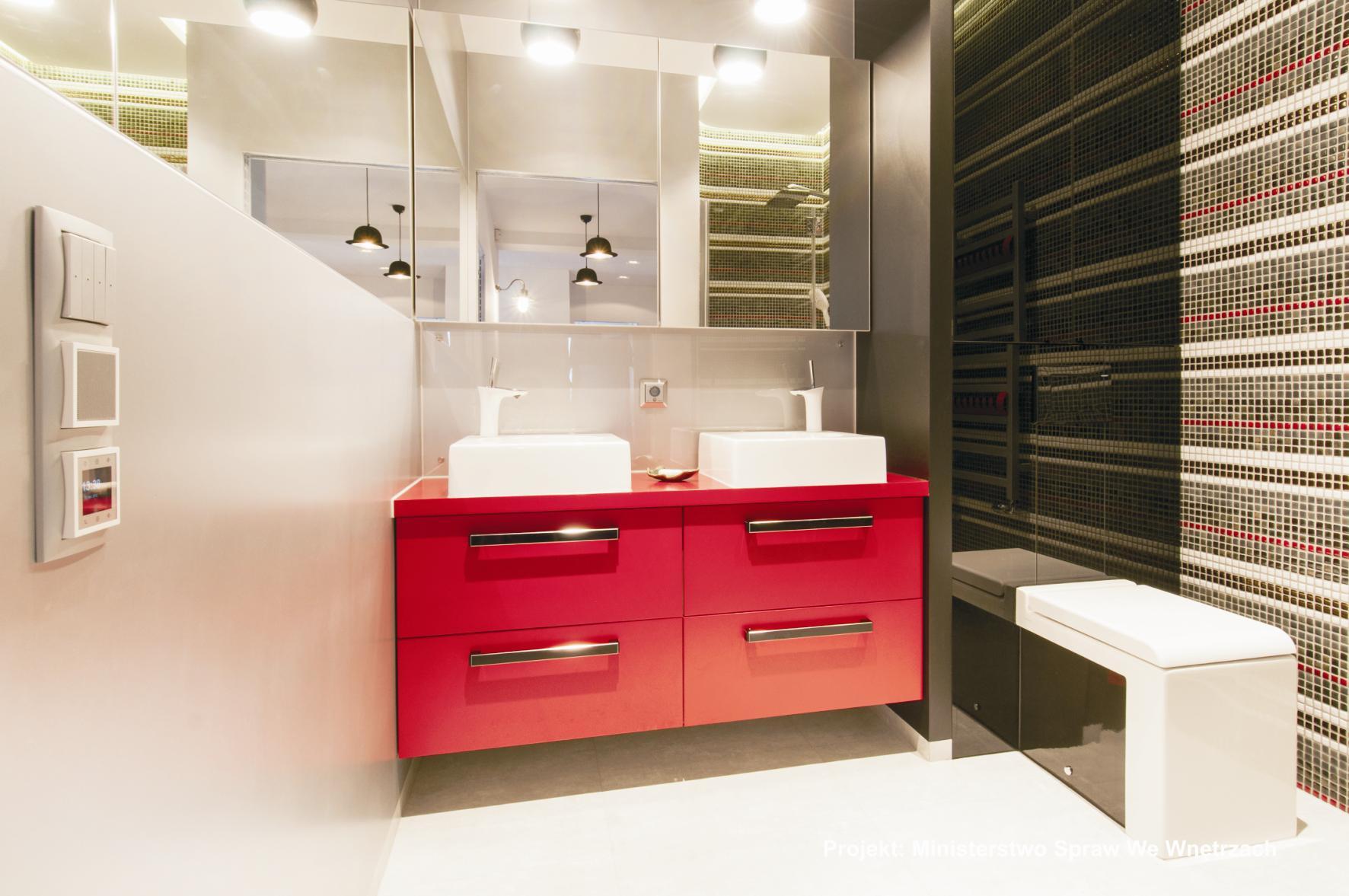 Nasza Realizacja Czerwona Szafka łazienkowa Pod Zlew