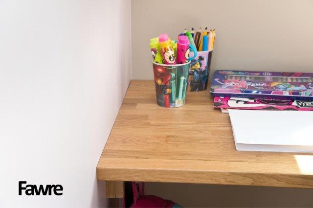 Piękne biurko dla dziecka