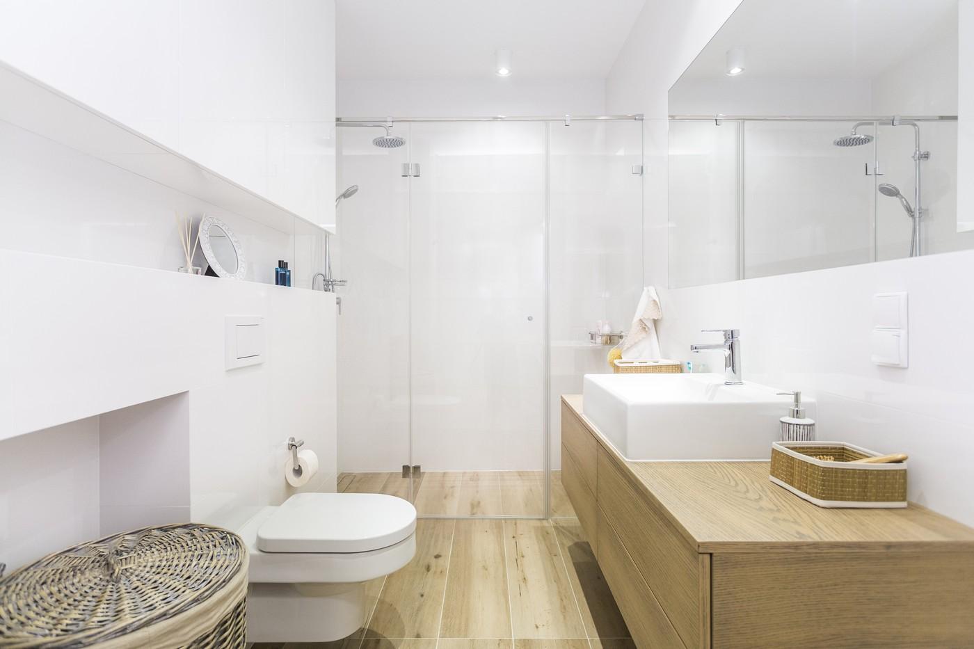 Jak Powiększyć Optycznie Małą łazienkę Biała łazienka I