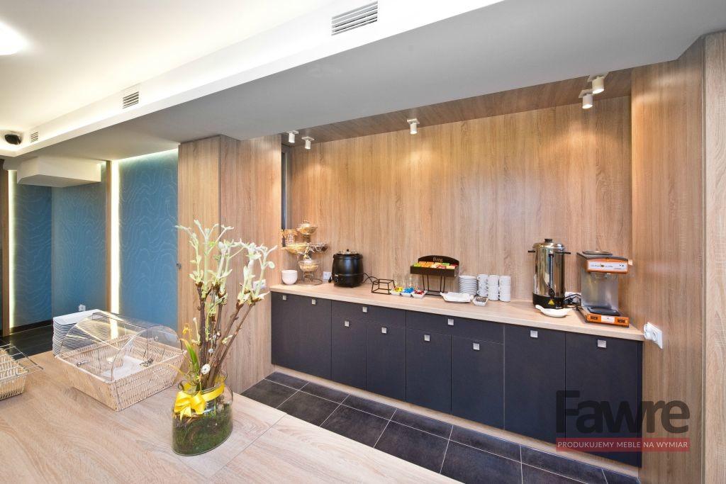 Aneks kuchenny nawymiar wpokoju hotelowym