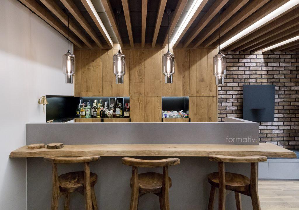 Drewniany bar loftowy / Projekt: Formative